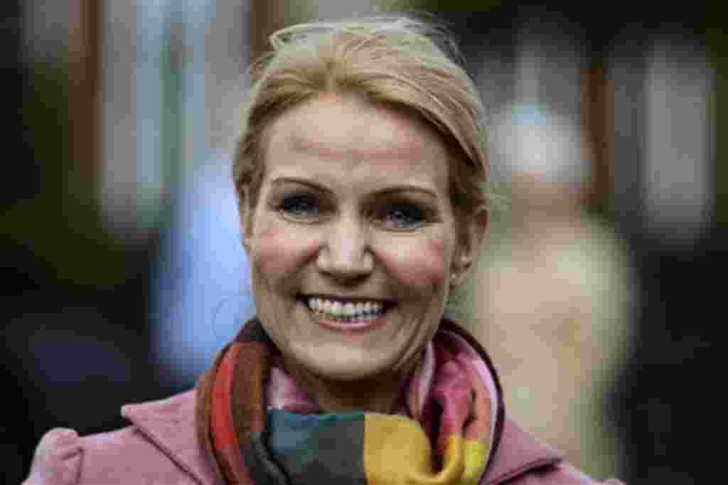 Terminan diez años de gobierno de centro derecha, con la elección de Helle Thorning-Schmidt, la primera mujer en ser elegida como primera ministra en Dinamarca.