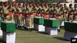 مہمند ایجنسی میں 26 نومبر کو ہونے والے نیٹو حملے میں پاکستانی فوجیوں کی ہلاکت کے خلاف ملک بھر میں احتجاج کا سلسلہ جاری ہے۔