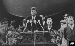 美国总统肯尼迪(资料照)