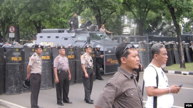 Pengamanan aparat kepolisian di Jakarta dalam mengantisipasi sebuah unjuk rasa. (Foto: Dok)