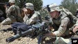 Eléments de la 82è division aéroportée des forces armées amrécaines servant en Afghanistan