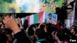 تاکنون ده ها نفر از افغان هایی که ایران برای جنگ در سوریه همراه برده، کشته شده اند.