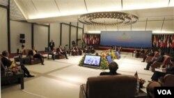 Pertemuan para pemimpin ASEAN dalam KTT ASEAN di Hanoi, Vietnam.