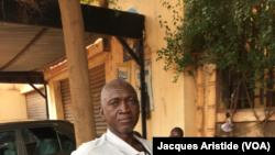 Mohammed Seyba Lamine Traoré, chauffeur de taxi, à Bamako, Mali, 28 juillet 2018. (VOA Afrique/Jacques Aristide)