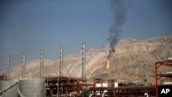 이란 북부 천연가스 정제 시설.