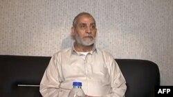Cette capture d'écran d'une video publiée par le gouvernement égyptien montre Mohamed Badie après son arrestation, le 20 août 2013