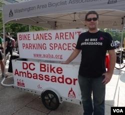 Daniel Hoagland, 'Duta sepeda' dari Washington Area Bicyclist Association (WABA).
