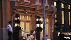 Rumah townhouse mewah di kawasan Tribeca, Manhattan di mana Dominique Strauss-Khan menjalani tahanan rumah (26/5).