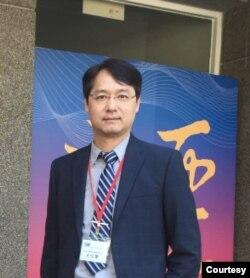 台湾政治大学东亚所所长王信贤