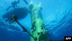 Подводная лодка Deepsea Challenger. на которой будет произведен спуск в Марианскую впадину