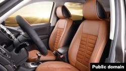 استفاده از چرم طبیعی در صندلی ها و بخش های داخلی اتومبیل دیگر جزو تجملات محسوب نمی شود و هوادران کمتری دارد