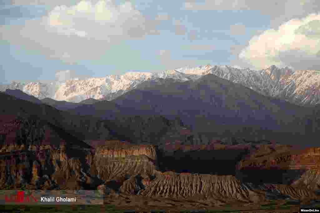 قلعه «علی بیگ» در نوار مرزی ارس و در دل منطقه بکر و زیبای «کمتال» در ۵۰کیلومتری شهرستان جلفا، آذربایجان شرقی واقع شده است. عکس: خلیل غلامی