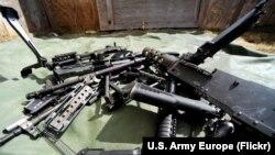 Архивное фото: запчасти от американских винтовок
