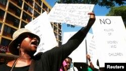 Protesto de mulheres em Pretória
