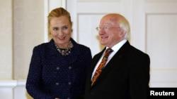 Državni sekretar Hillary Clinton sa irskim predsjednikom Michael D. Higginsom