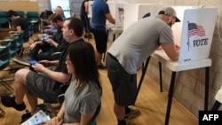 انتخابات زودهنگام در برخی از ایالت ها از جمله کالیفرنیا آغاز شده است.