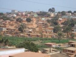 Zonas do Uige sem água, electricidade ou postos medicos - 1:48