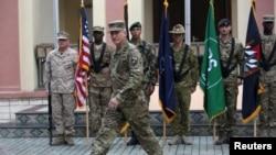 په افغانستان کې د امریکا ۹۸۰۰ عسکر پراته دي.