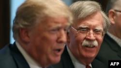 Predsjednik Donald Trump i bivši savjetnik za nacionalnu sigurnost John Bolton