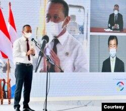 Menteri Investasi Bahlil Lahadalia berjanji pabrik tersebut akan menyerap paling banyak tenaga kerja dari Indonesia. (Setpres RI)
