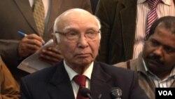 Cố vấn chính sách ngoại giao và an ninh quốc gia của Pakistan, ông Sartaj Aziz
