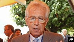 Former EU Competition Commissioner, economist Mario Monti (file photo)