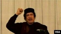 Dalam pidato terbarunya di televisi pemerintah Libya, Moammar Gaddafi kembali menyalahkan pihak asing atas terjadinya pemberontakan di negaranya, Rabu (9/3).
