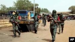 Le nombre de victimes des violences a été multiplié par cinq depuis 2016 au Mali, Burkina et Niger pour atteindre environ 4.000 morts en 2019 selon l'ONU.