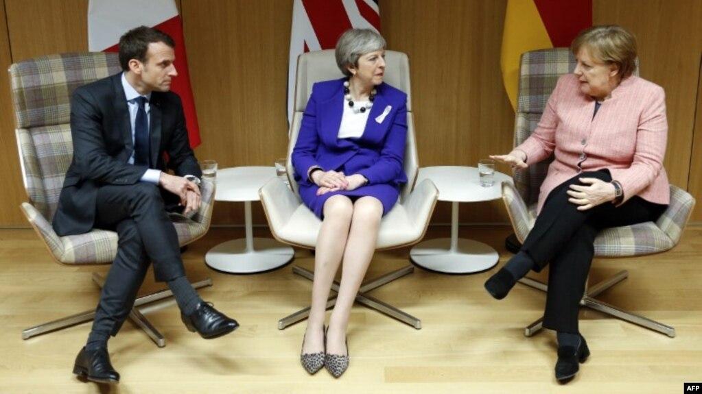 Эммануэль Макрон, Тереза Мэй и Ангела Меркель (архивное фото)