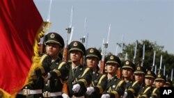 Các nhà phân tích quân sự nói rằng hầu hết các chi phí quân sự của Trung Quốc không xuất hiện trên ngân sách được công bố.