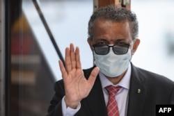 FILE - World Health Organization (WHO) Director-General Tedros Adhanom Ghebreyesus wears a protective face mask in Geneva, June 11, 2020.