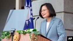 차이잉원 타이완 총통이 20일 총통부에서 2기를 시작하는 취임 행사에 참석한 직후 타이베이빈관에서 연설하고 있다.