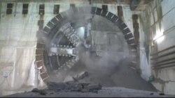 احداث خط آهن زیر زمینی لندن: کفش های ۵۰۰ ساله و صدها جمجمه