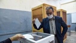 2Rs, Áfric Ocidental: O Referendo Constitucional na Argélia