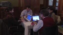 خبرنگاران منتظر گشايشی در مذاکرات
