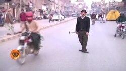 چارلی چپلن پشاور کی سڑکوں پر