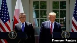 Президент США Дональд Трамп и президент Польши Анджей Дуда на совместной пресс-конференции в Белом доме. Вашингтон, 24 июня 2020