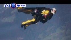 Người bay Jetman sắp bay với động cơ phản lực sau lưng