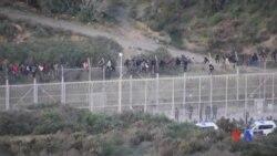 2017-01-02 美國之音視頻新聞: 數百名試圖前往歐洲的非洲人在北非邊界與警察衝突