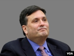 Kepala Staf Gedung Putih Ron Klain. (Foto: VOA)