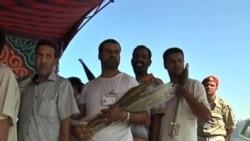 利比亞人開始上繳槍械彈藥