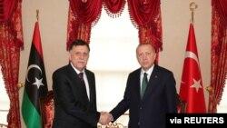 Cumhurbaşkanı Erdoğan geçen hafta İstanbul'da Libya Başbakanı Fayez El Sarrac'la görüşmüştü