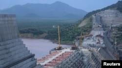រូបឯកសារ៖ ទំនប់វារីអគ្គិសនី Grand Renaissance Dam នៅប្រទេសអេត្យូពី ដែលកំពុងស្ថិតក្រោមការសាងសង់ នៅទន្លេនីល ក្នុងប្រទេសអេត្យូពី (រូបថត កាលពីខែកញ្ញា ២០១៩)។