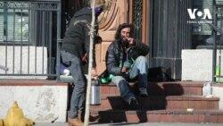 Емігрант з України допомагає безхатькам у Колорадо. Відео
