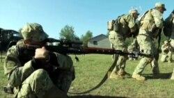 З НАТО навчаються кадети, всі військові у зоні АТО?