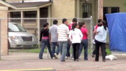 US Charities, Volunteers Help Relieve Immigrant Crisis