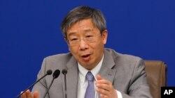 중국 인민은행 행장 이강.