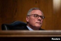 El senador Richard Burr, de Carolina del Norte, fue uno de los republicanos de la Cámara Alta que votó a favor de declarar al expresidente Donald Trump culpable de incitar al asalto al Capitolio el 6 de enero de 2021.
