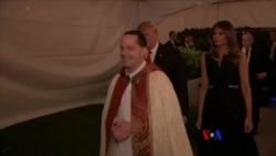 川普總統夫婦平安夜在佛州參加教堂儀式
