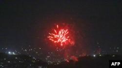 Vatromet u znak slavlja nakon što je poslednji američki avion odletio sa aerodroma u Kabulu, 31. avgusta 2021.
